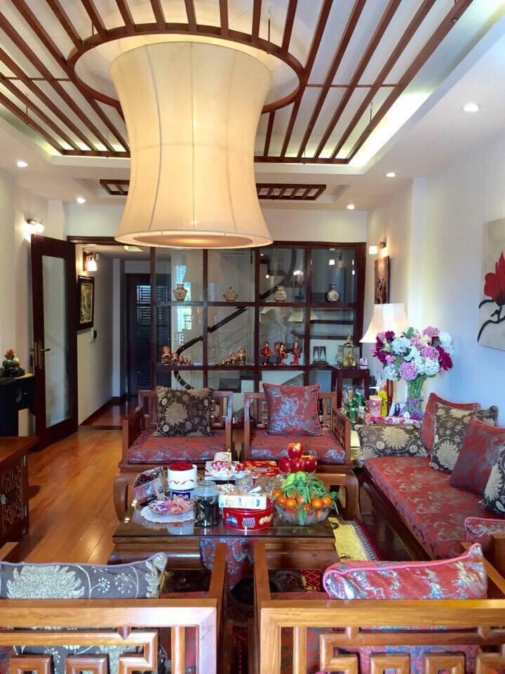 Bán nhà đẹp phố Thái Thịnh, Đống Đa 42m2x4xMT 5m, giá chỉ 2.85 tỷ, ở ngay