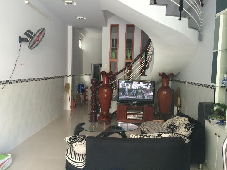 Nhà MT đường Lê Đình Lý cho thuê làm văn phòng hoặc phòng khám