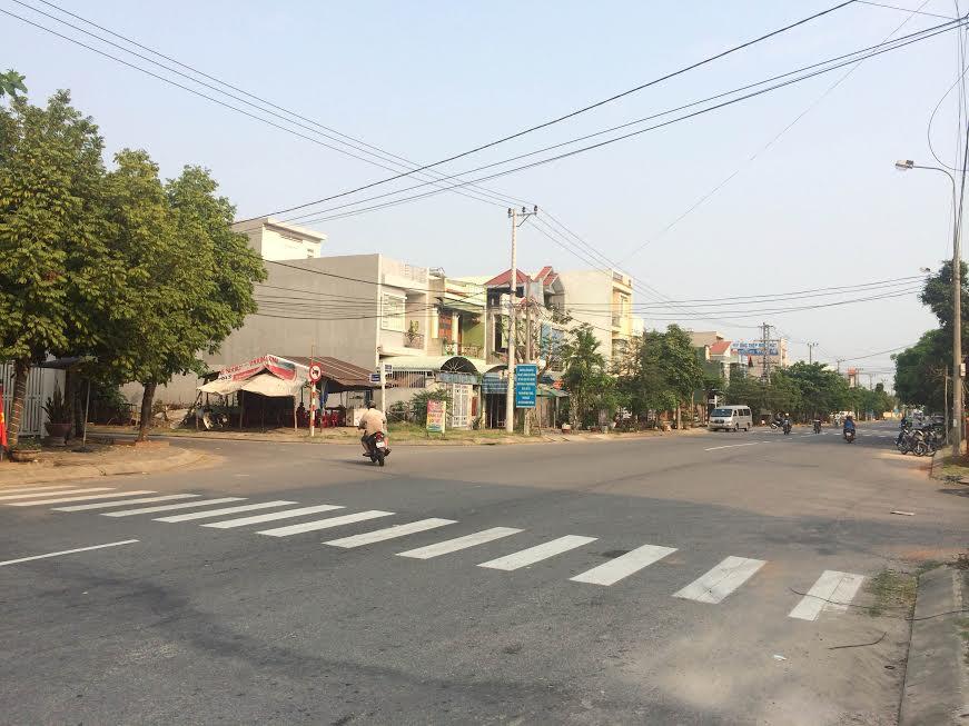 Đất biệt thự đường Hồ Sĩ Dương đoạn gần Cách Mạng Tháng Tám 7,3 tr/m2
