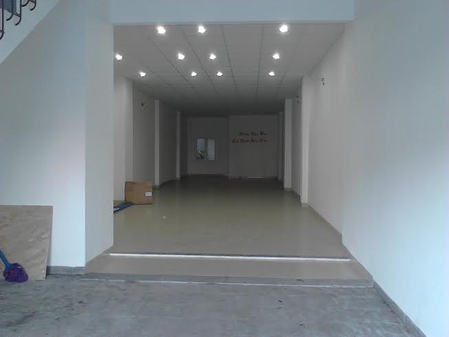 Nhà MT đường Trần Cao Vân cho thuê ở và kinh doanh