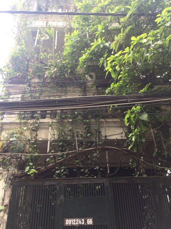 Bán nhà ngõ phố Lê Trọng Tấn 40mx3 tầng. Giá 2.6 tỷ