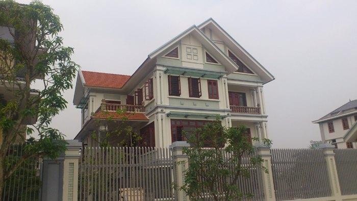Nhà 4 tầng gần trường Đại học Ngoại ngữ, tiện nghi, giá chỉ 13 triệu