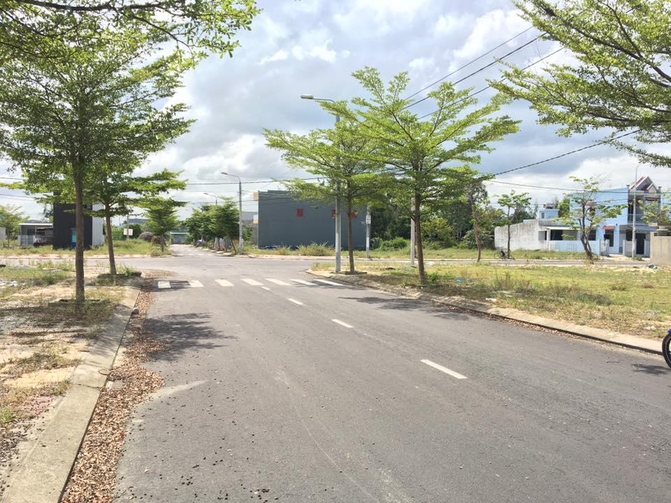 Cần bán lại 2 lô đất nền khu Nam Đà Nẵng đường xá đã hoàn thiện